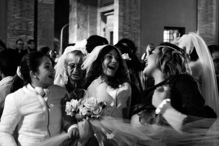 Terni sta con la sposa!